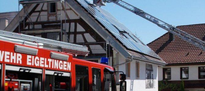 Feuerwehr Eigeltingen hilft beim Brand in Nenzingen